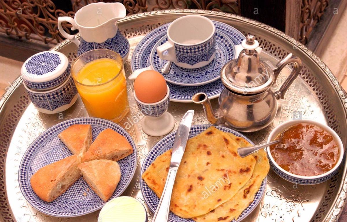moroccan-breakfast-ANYB4N