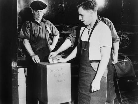 workers-voting-for-union-representation-in-river-rouge-ford-dearborn-june-1941